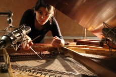 Recording prepared piano samples with Silvina Peruglia